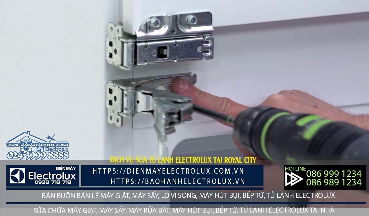 Dịch vụ sửa tủ lạnh Electrolux tại Royal City